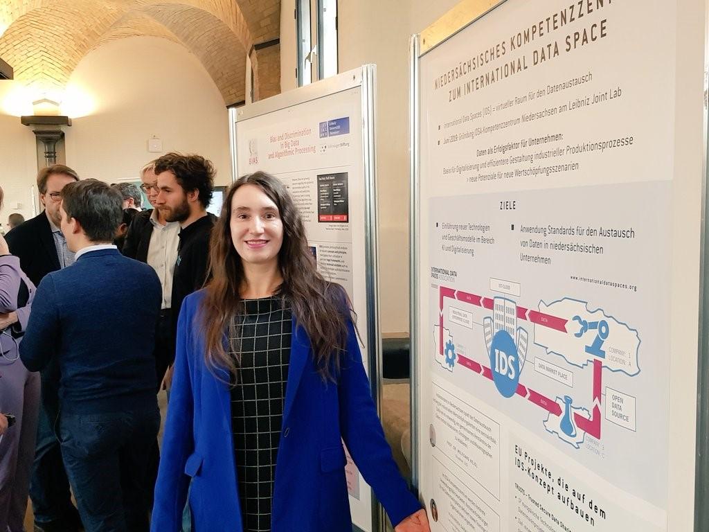 Woman, poster presentation